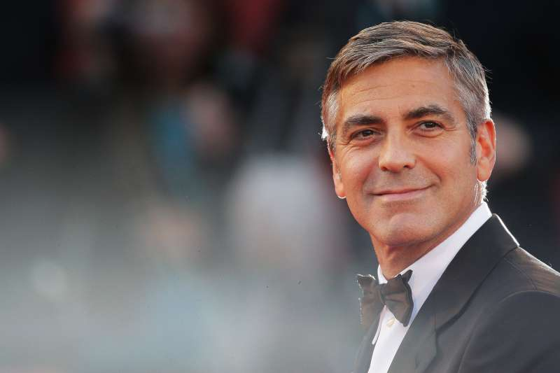 Actor George Clooney attends  The Men Who Stare At Goats  premiere