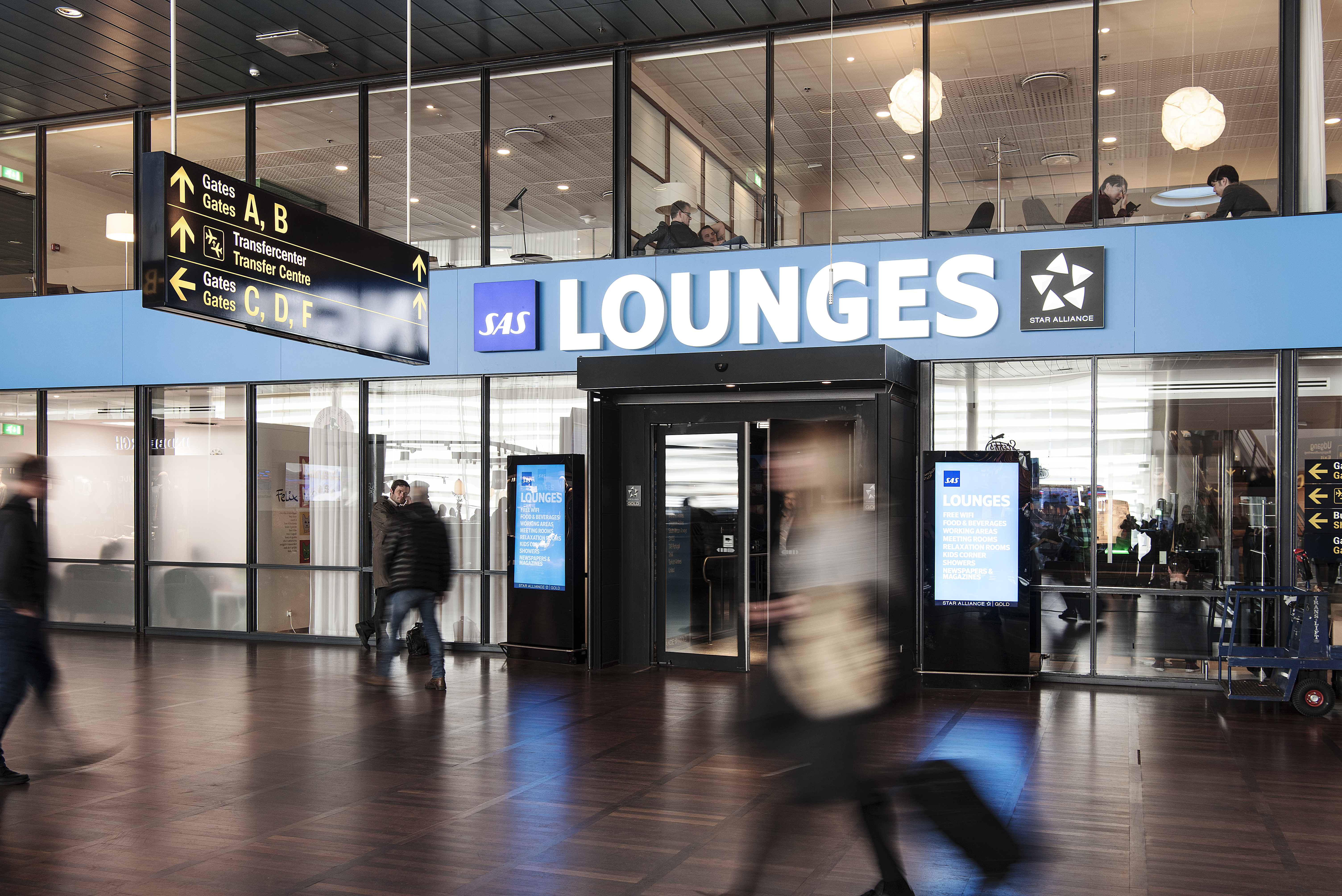 SAS Lounges