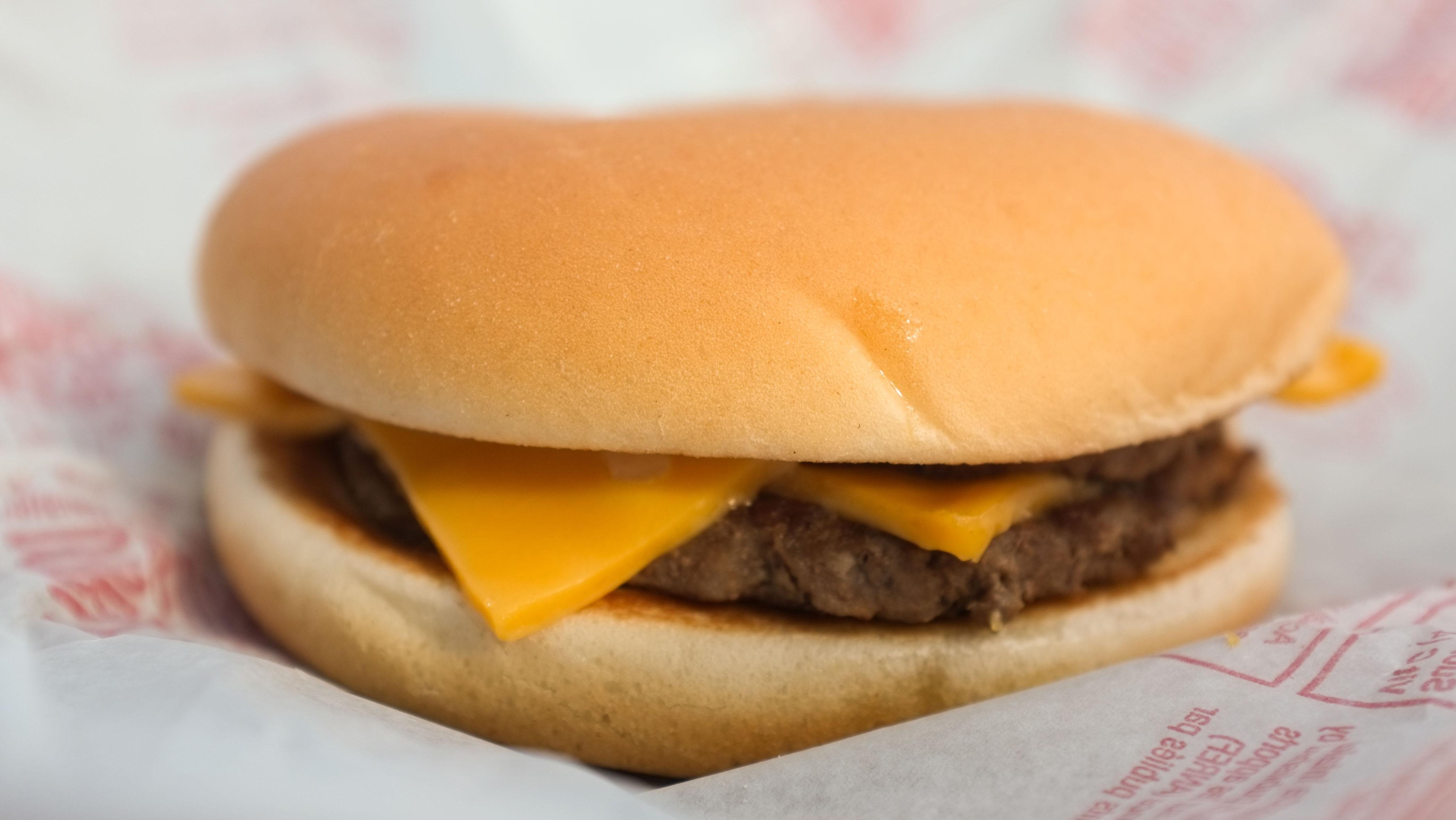 A cheeseburger.