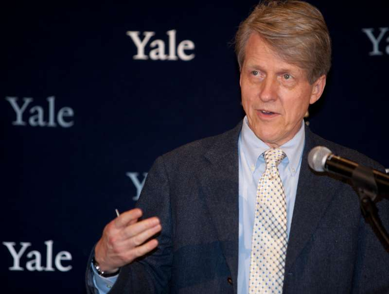 Robert Shiller, winner of the Nobel Prize in Economics, speaks during a press conference at Yale University.