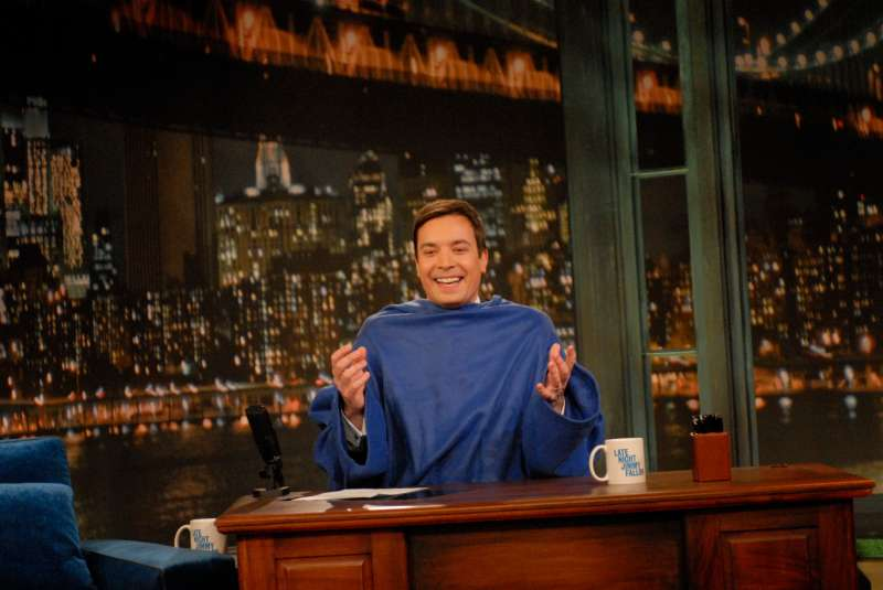 Jimmy Fallon wears a Snuggie on March 13, 2009.
