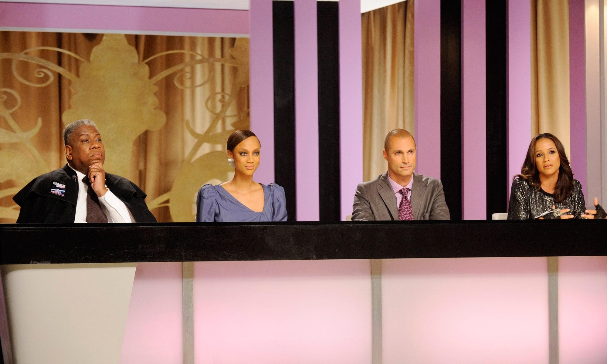 AMERICA'S NEXT TOP MODEL, (from left): judge Andre Leon Talley, host Tyra Banks, judge Nigel Barker,