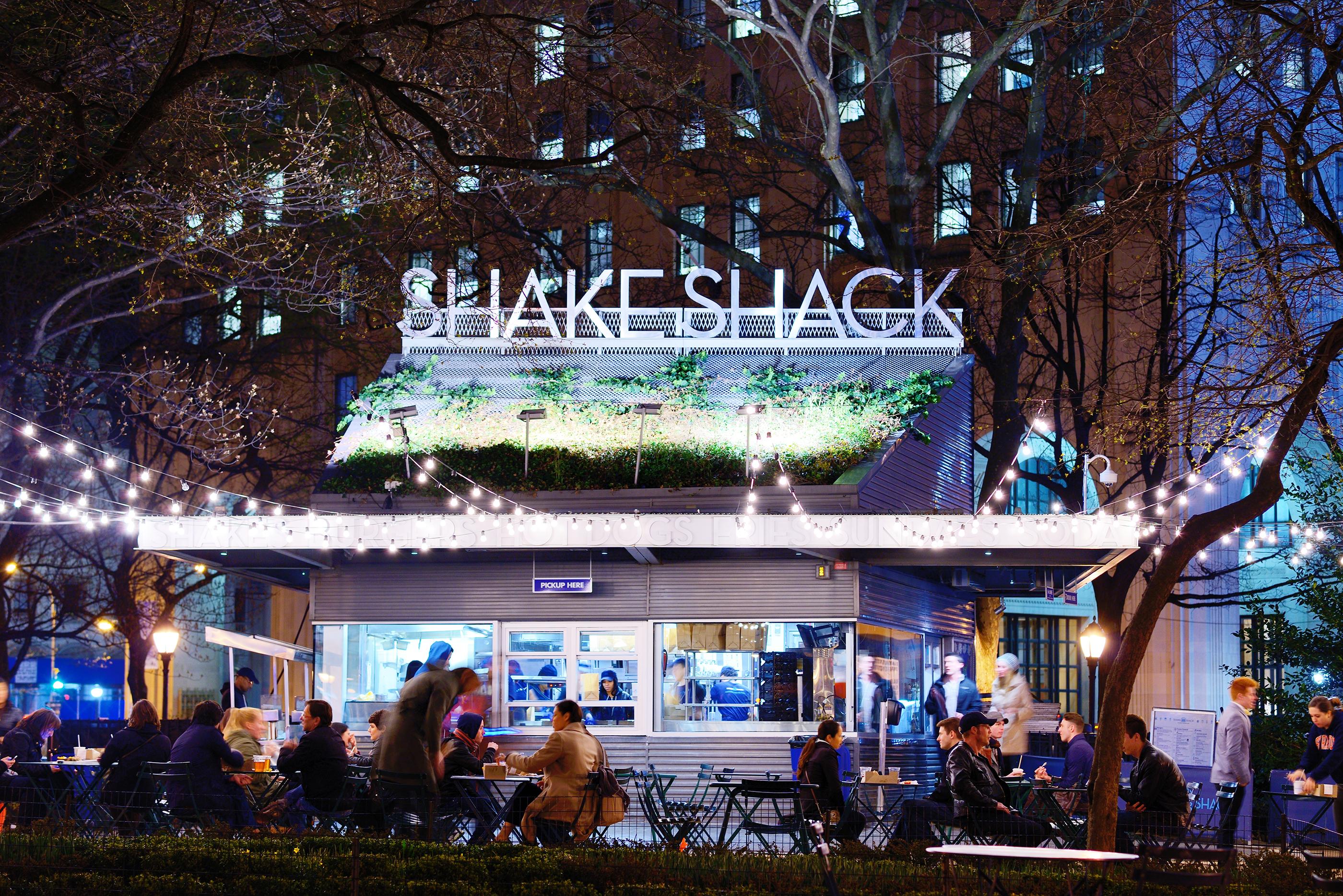 180430-fast-casual-restaurants-shake-shack