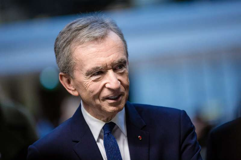 Bernard Arnault, billionaire and chief executive officer of LVMH Moet Hennessy Louis Vuitton SE, speaks to attendees during the inauguration of the LVMH start-up accelerator at Station F technology campus in Paris, France, on Monday, April 9, 2018.