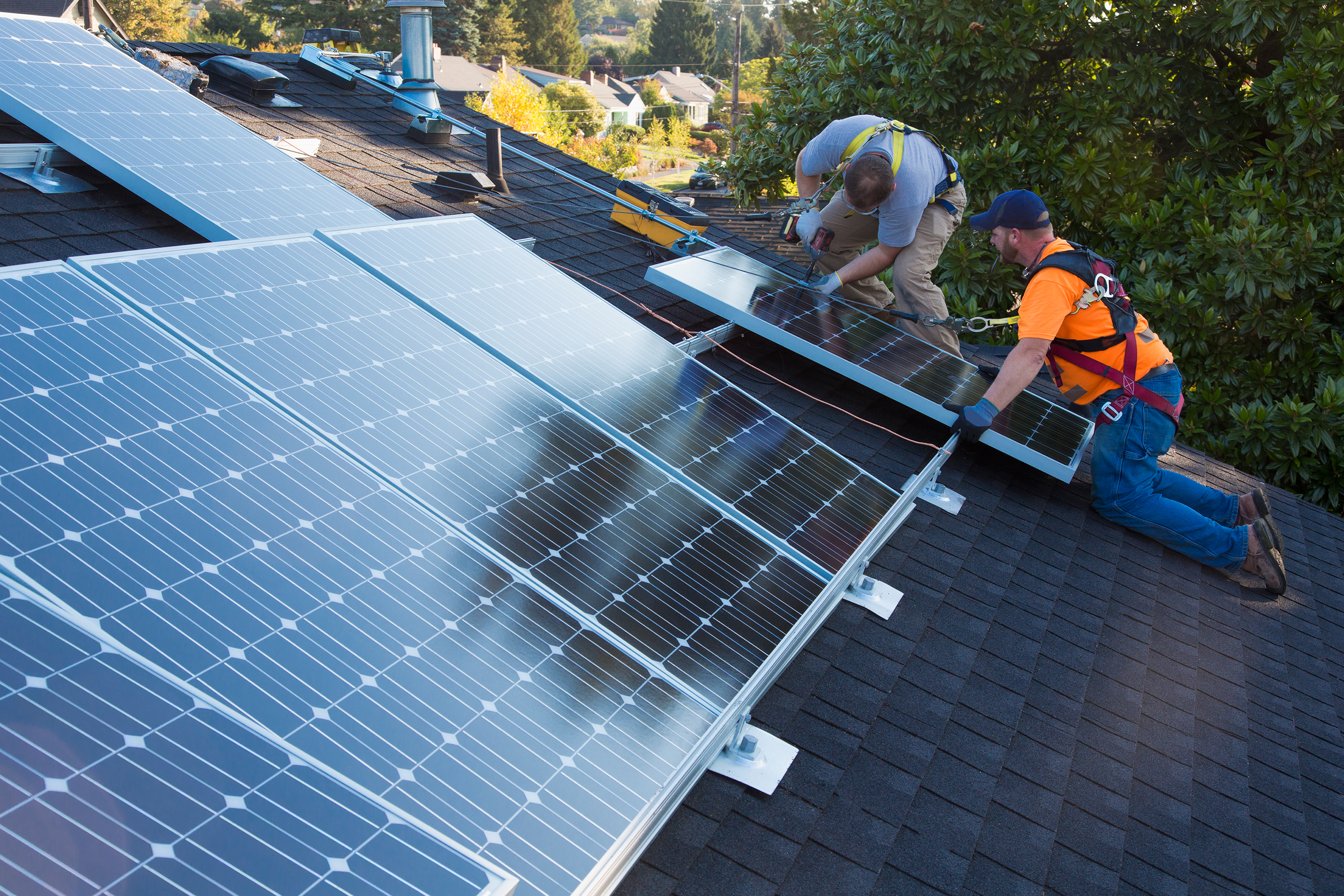 180625-tariffs-solar-panels