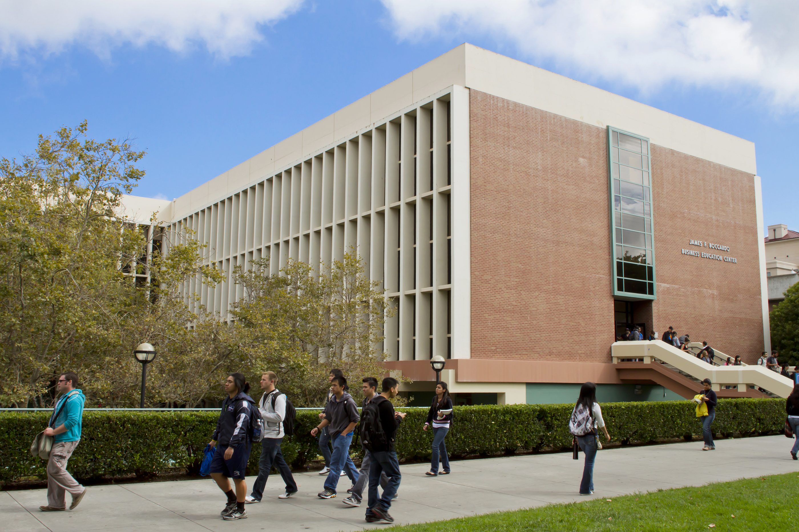181017-best-colleges-for-business-majors-san-jose-state-university