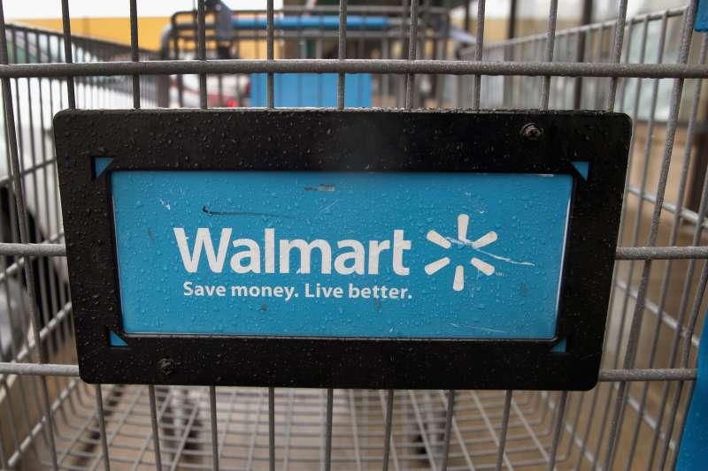 Walmart has a new Instant Pot flash sale today.