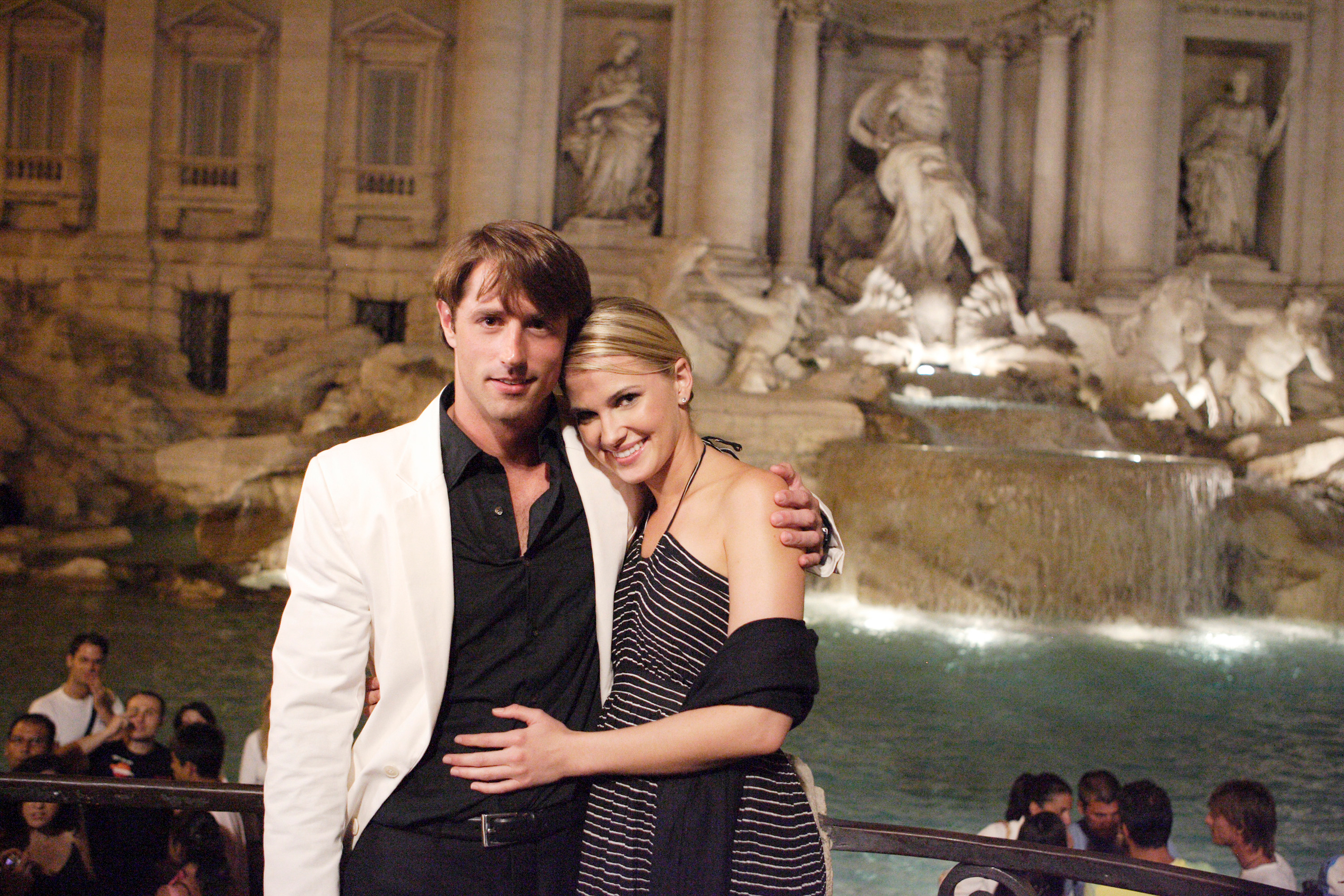 """THE BACHELOR: ROME - """"Episode 904"""" - Lorenzo shares a private dinner with Jennifer in front of the Vatican, which also happens to have the Borghese name on its faade. Then they take a romantic carriage ride to the famous Trevi Fountain, on """"The Bachelor: Rome,"""" MONDAY, OCTOBER 23 (9:00-10:00 p.m., ET) on ABC."""