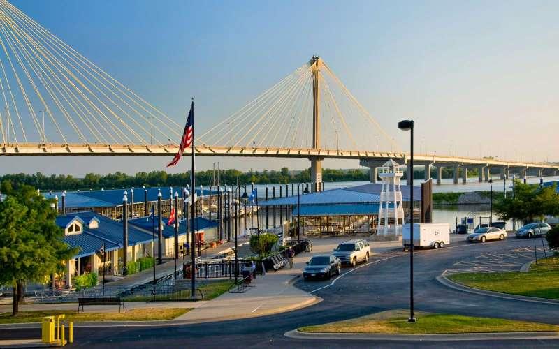 BDJ2WH The Clark Bridge  or Super Bridge at the Alton Marina in Alton Illinois