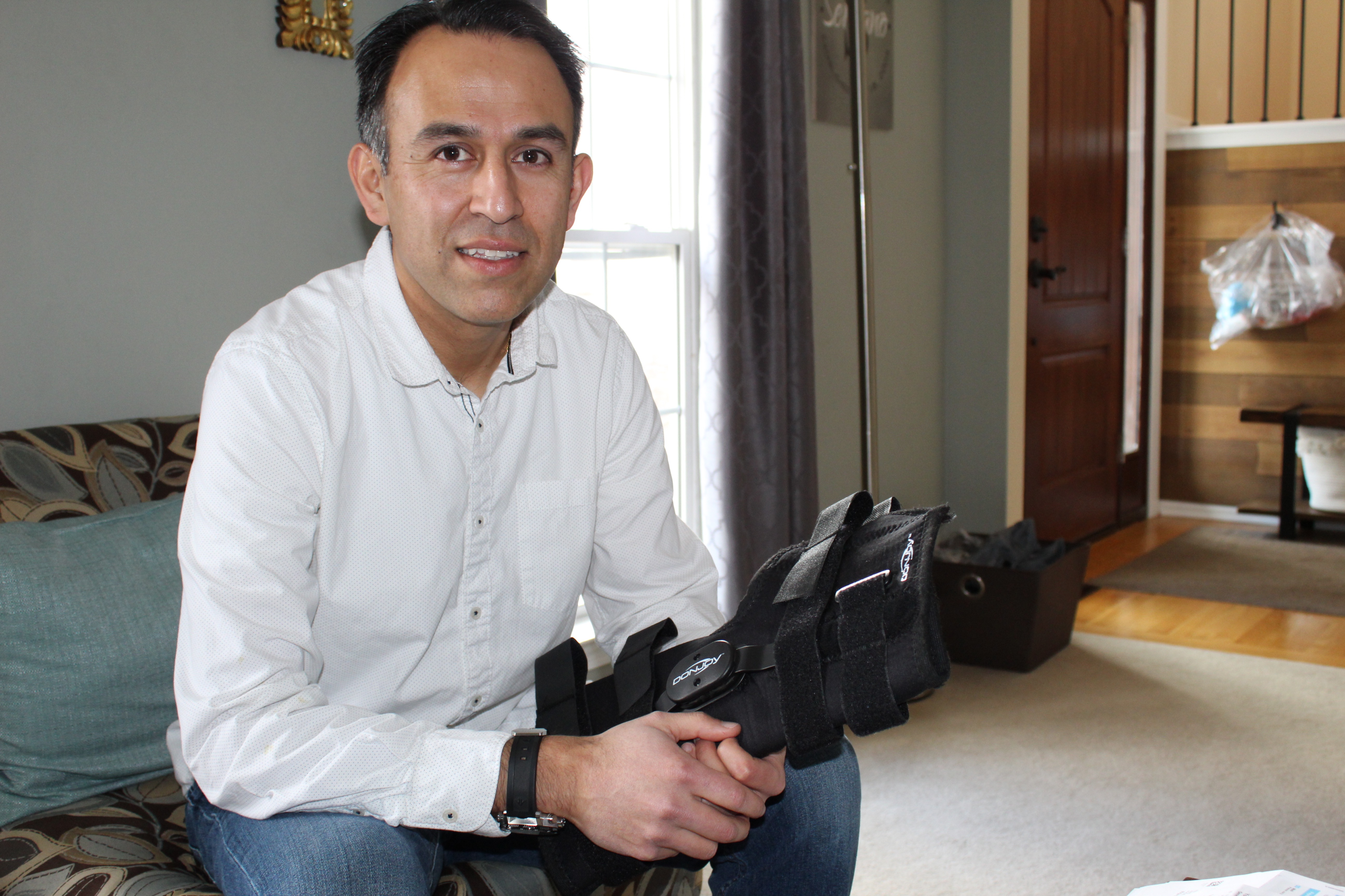 A Hospital Charged This Soccer Player $829 for a Knee Brace. It Costs Less Than $250 Online