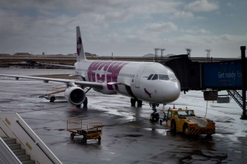 An Airbus A321 of the Icelandic low-cost carrier WOW air at Keflavik International Airport.
