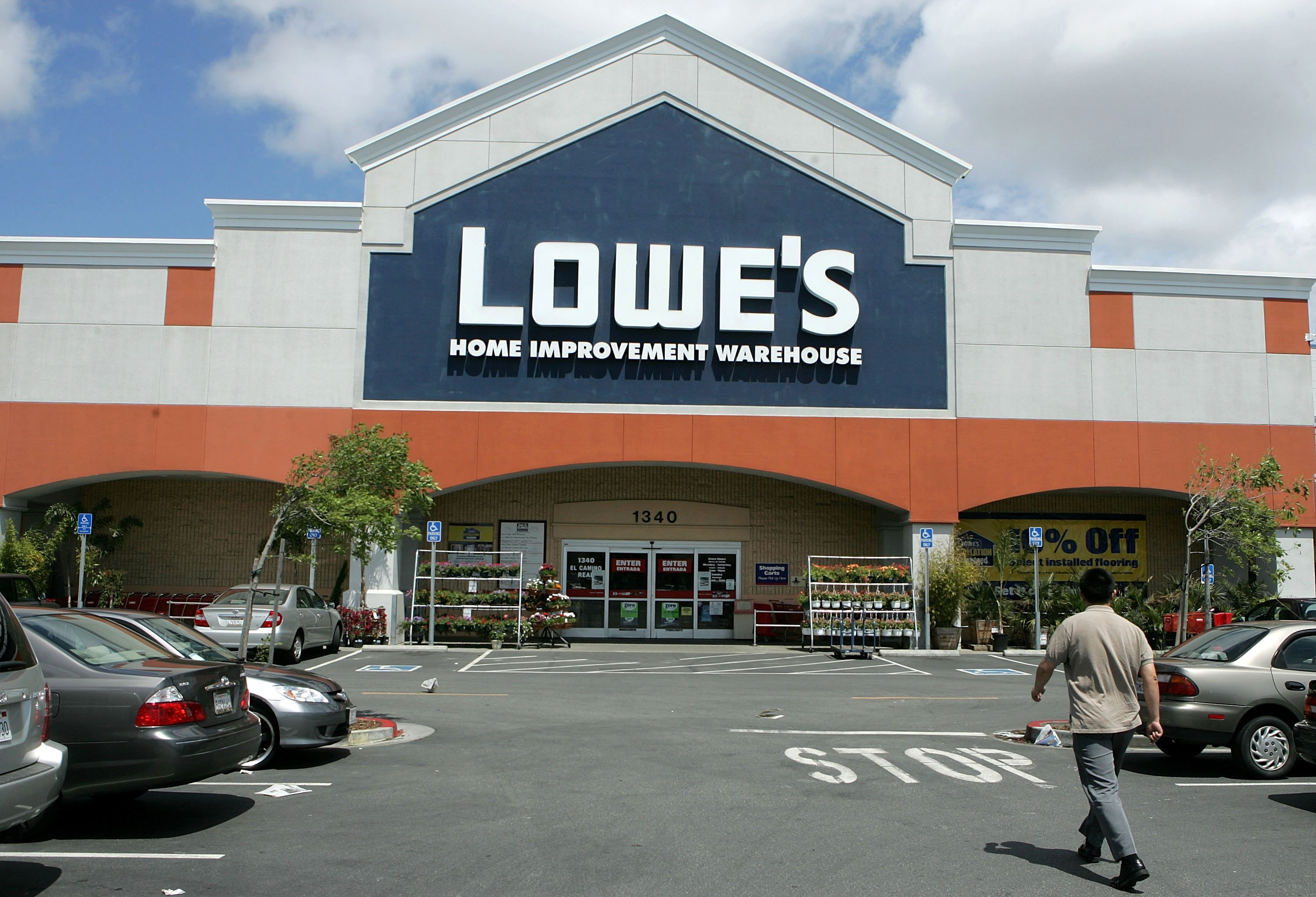 Home Depot And Lowe S July 4 Sales Mulch Sale 2 Per Bag Money