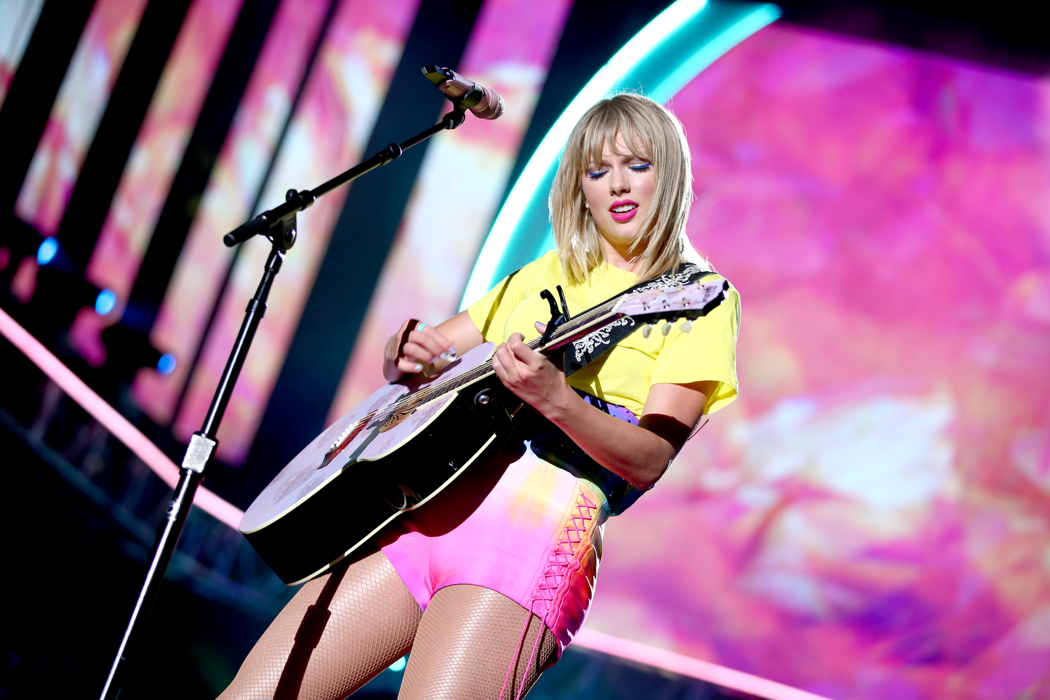 Taylor Swift Concert How To Live Stream On Amazon Free Money