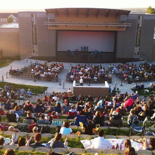 Crowded Draper Ampitheater in Draper, Utah
