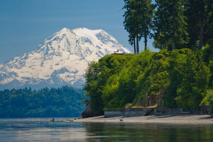 View of Mount Rainier in Lacey, Washington
