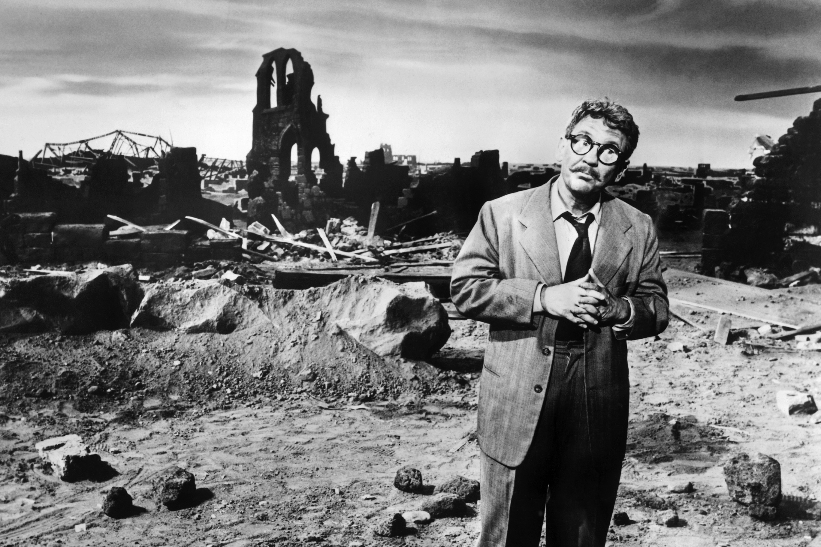 THE TWILIGHT ZONE, Burgess Meredith, 'Time Enough At Last' (Season 1, aired November 20, 1959), 1959