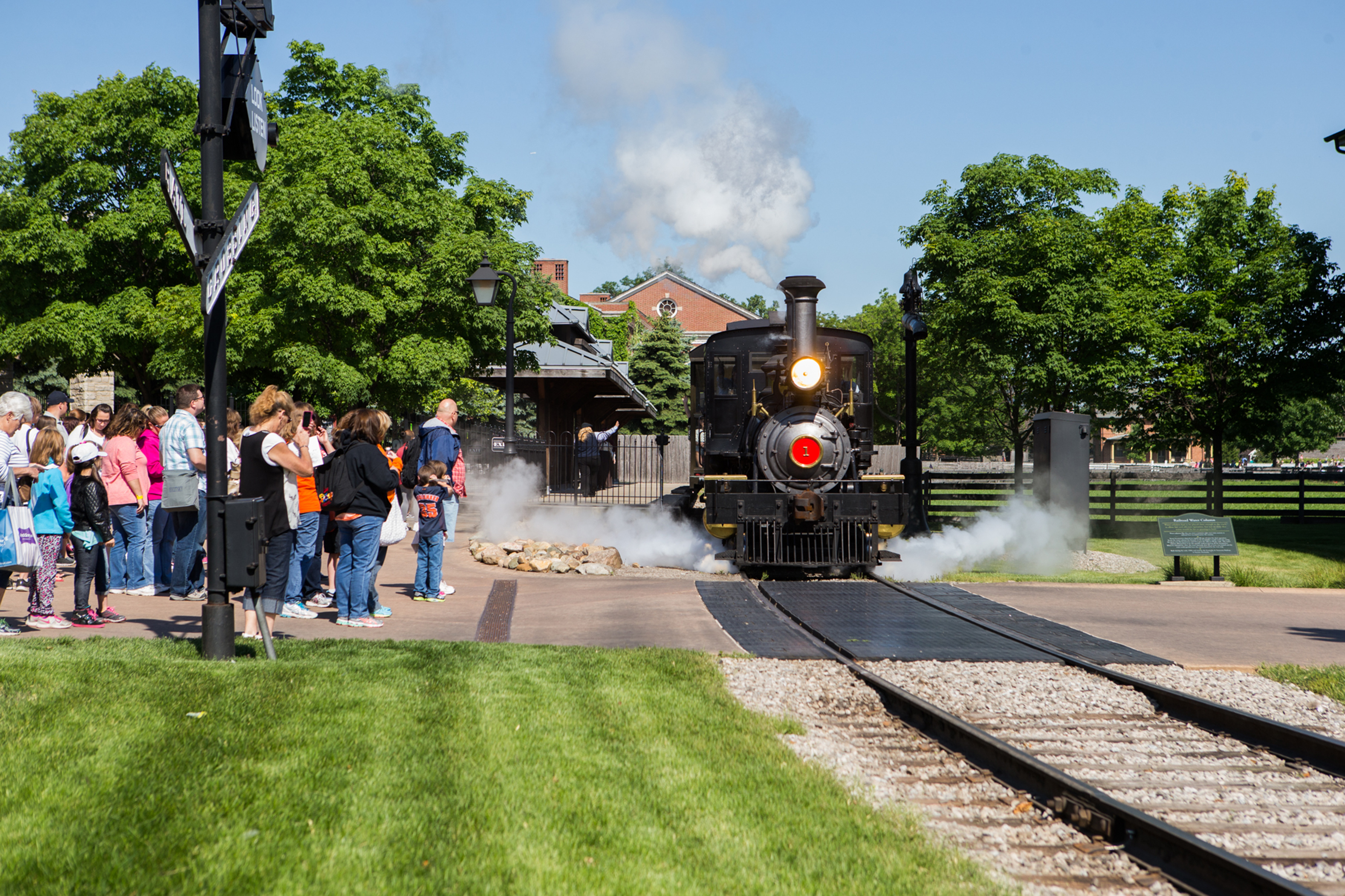 Residents of West Bloomfield are a short 35 minute drive from Greenfield Village and The Henry Ford Museum, an 80 acre indoor and outdoor history museum complex.
